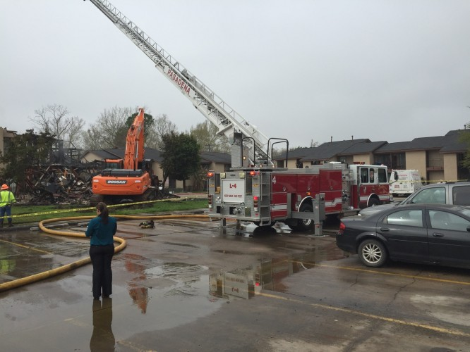The Salvation Army Texas Division � Pasadena responds to apartment complex fire