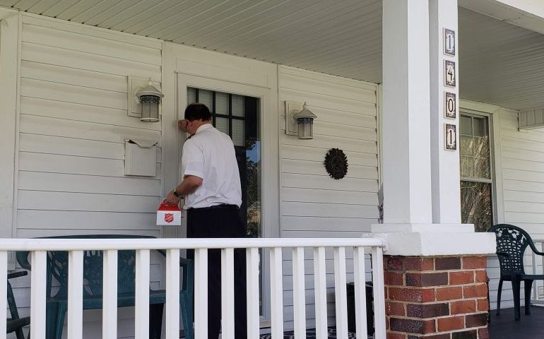 Salvation Army Says Thank You to Neighbors