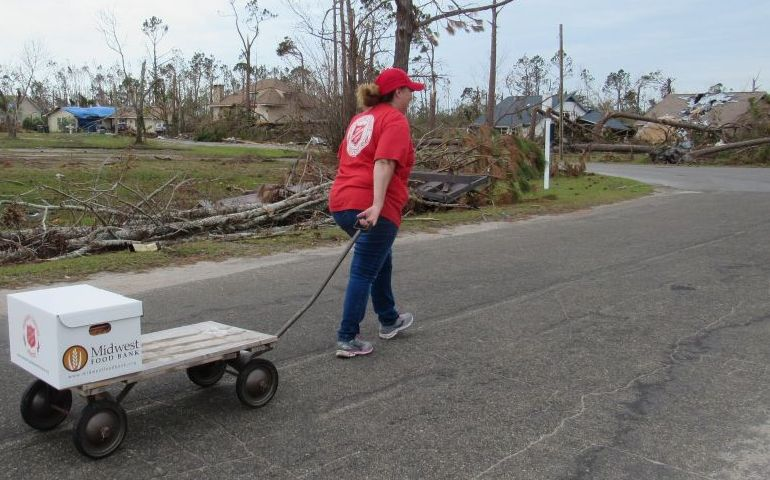 Supporting Neighbors  in Need After Hurricane Michael in Sandy Creek, FL