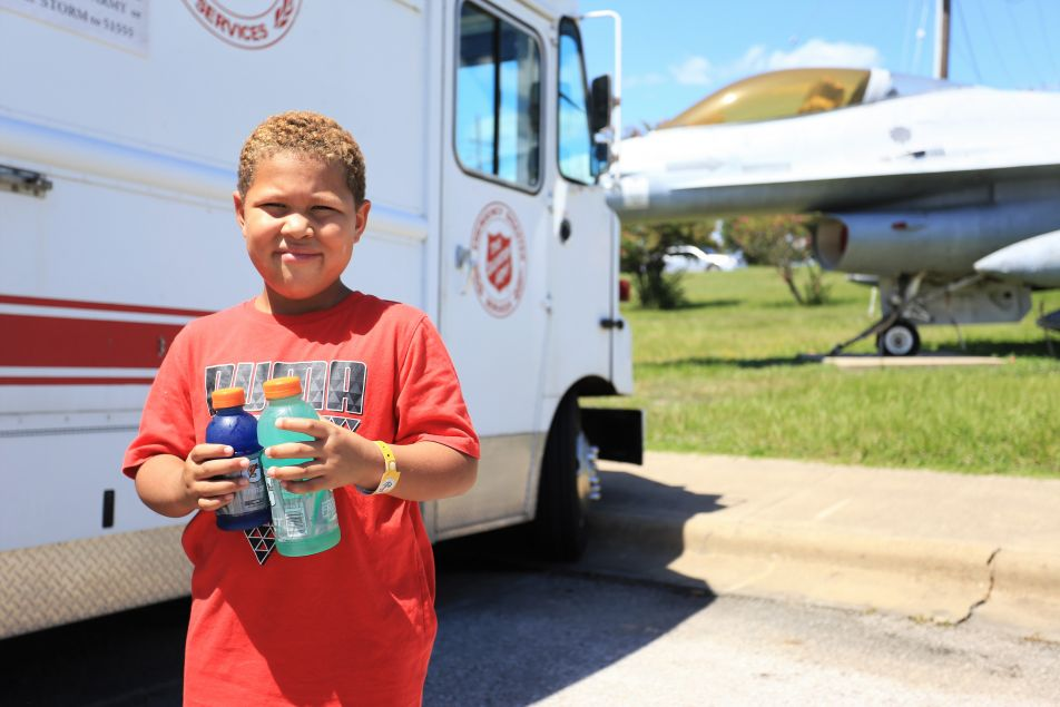 Salvation Army Mobile Kitchens to Commence Feeding on Friday in Southeast Texas