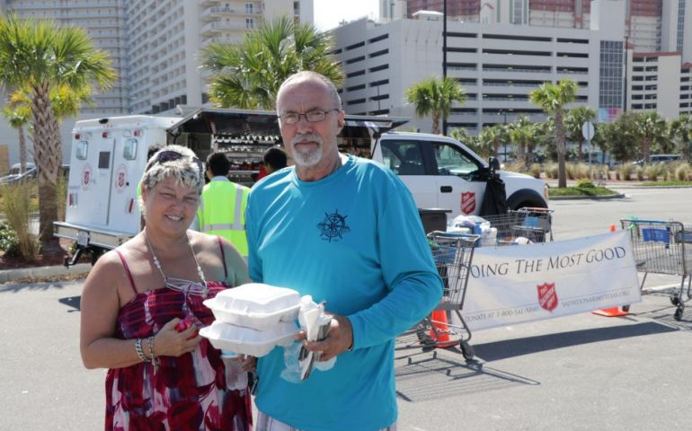 The Salvation Army Lifts the Spirits of a Mexico Beach Couple Who Lost it All