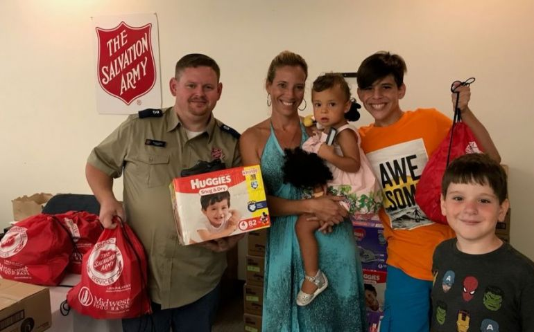 Salvation Army Welcomes Hurricane Maria Evacuees to Florida