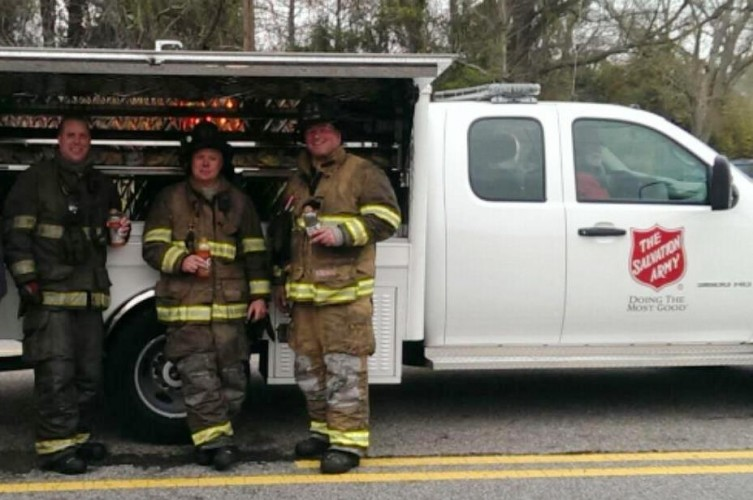 Coastal Alabama Salvation Army Responds to Fire on Dauphin Island Parkway