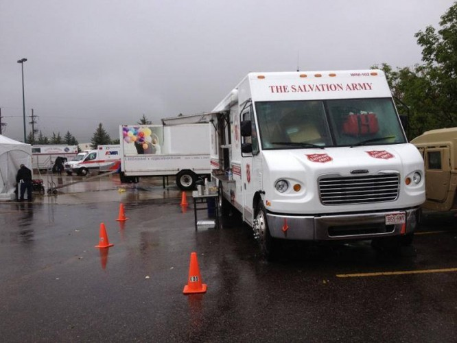 Colorado Salvation Army Provides More than 10,000 Meals & Drinks After Floods
